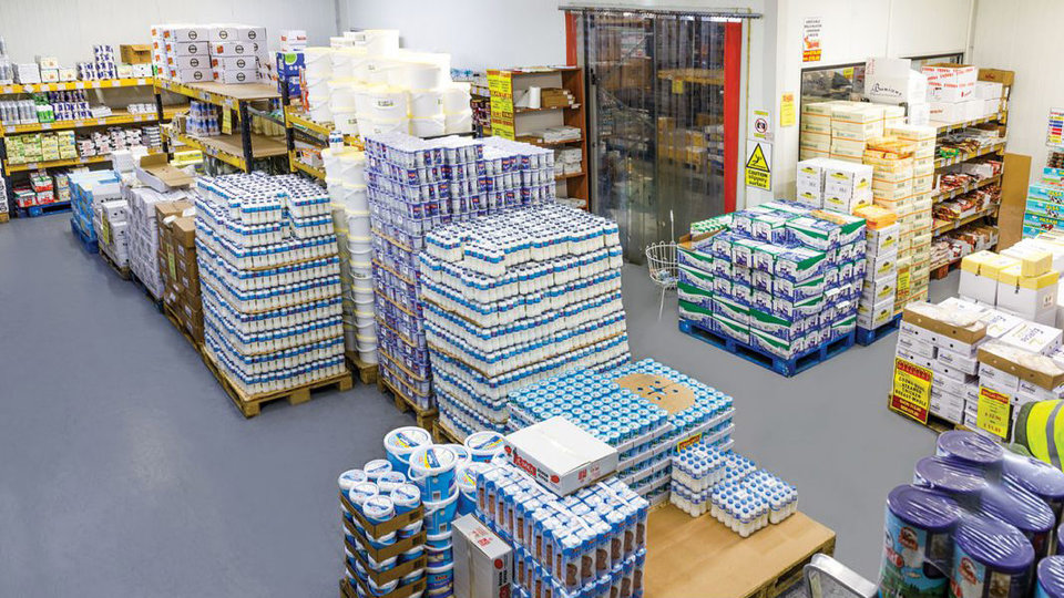 Extra Cash and Carry cover image
