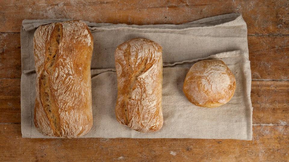 Sullivan Street Bakery cover image